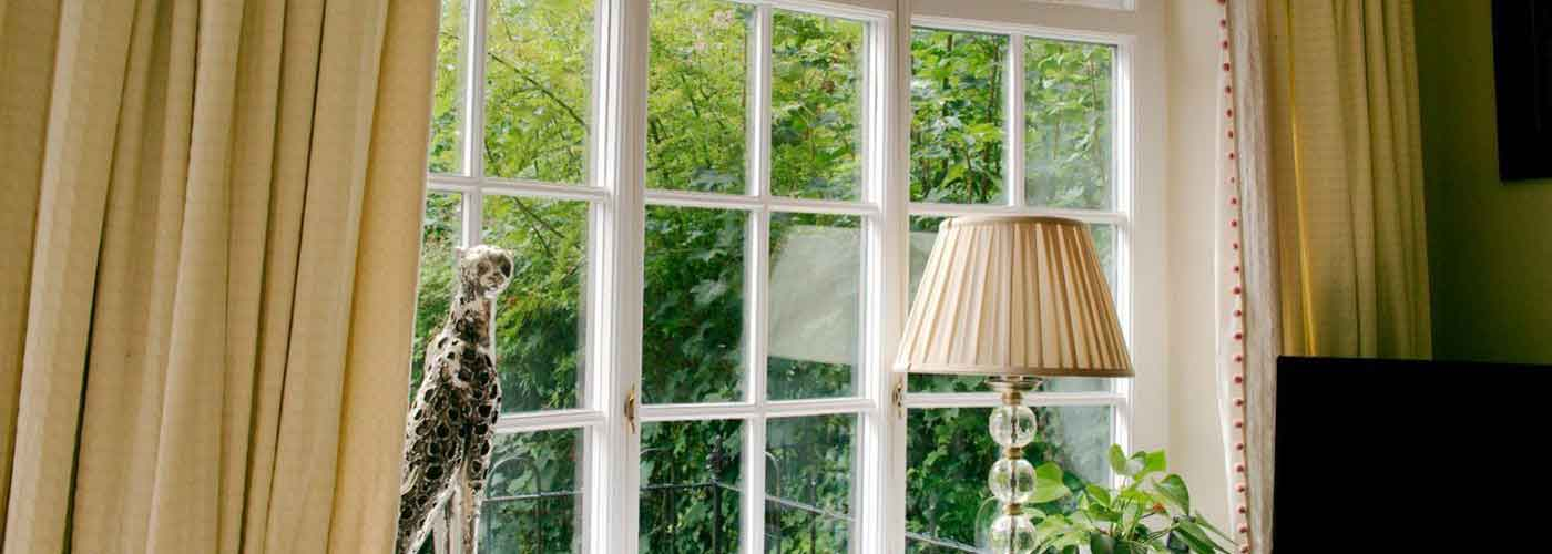Sash window repair and restoration kellys sash windows for Window sash replacement