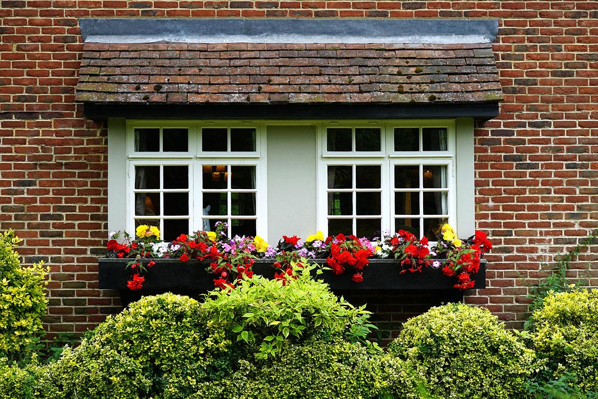 repair damaged sash windows reading
